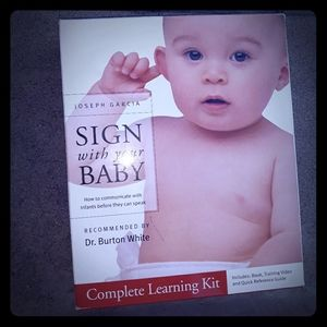 Learn sign language with your baby kit